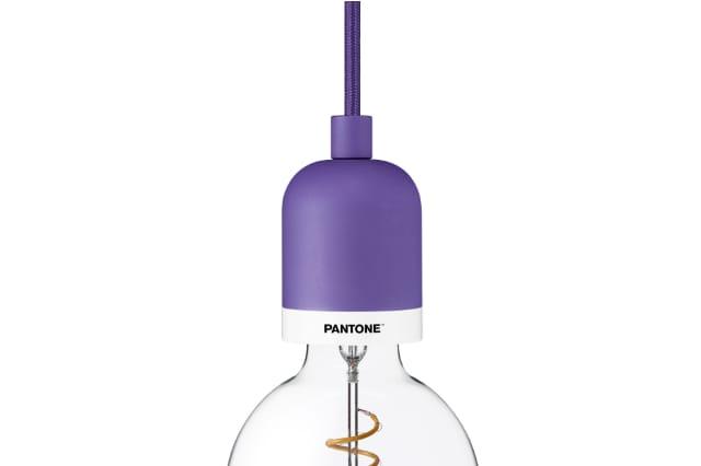 Pantone Lighting Deneb in Ultra Violet