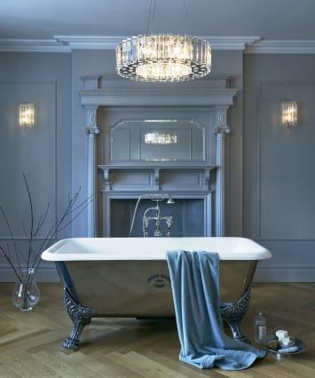 Elstead Crystal Skye Bathroom-rated 8-Light chandelier
